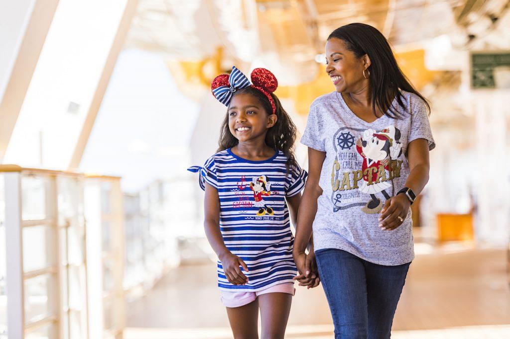 Captain Minnie Mouse - Nautical Merchandise