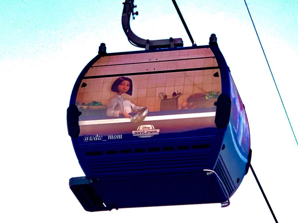More Close Up Photos of the New Disney Skyliner 4