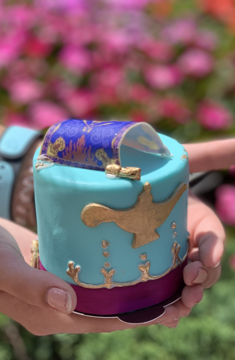 Aladdin's Petit Cake Will Show You A Whole New World 25