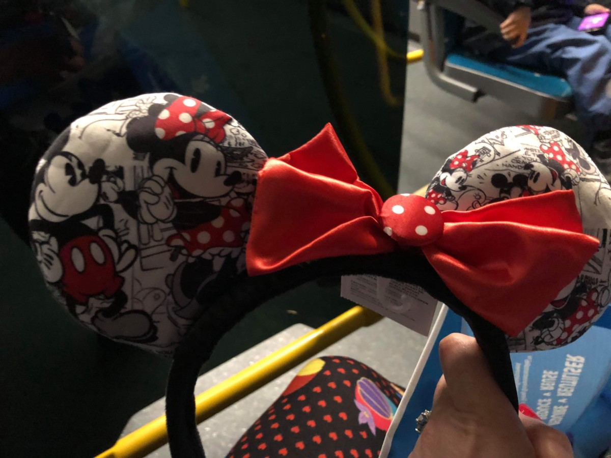 See the Various Magical Mouse Ears at Disneyland Paris! 2