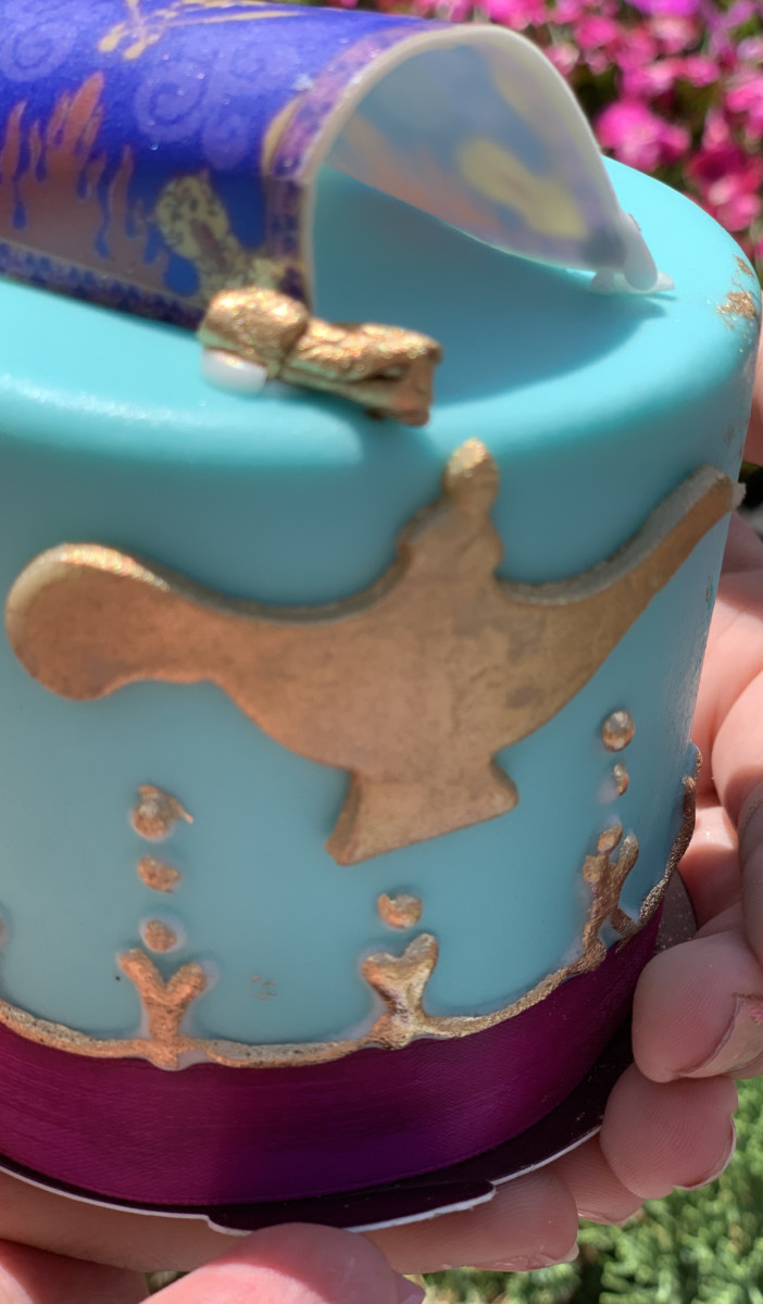 Aladdin's Petit Cake Will Show You A Whole New World 4