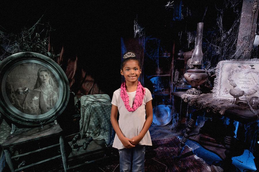 Top 10 Virtual Backdrops at the Disney PhotoPass Studio at Disney Springs 3