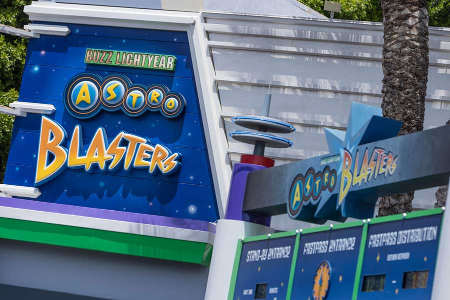 Buzz Lightyear Astro Blasters in Tomorrowland at Disneyland park