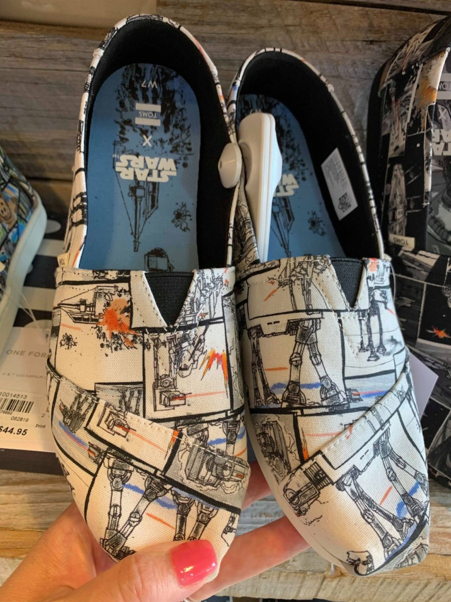 New Star Wars TOMS are Here! #disneystyle 5
