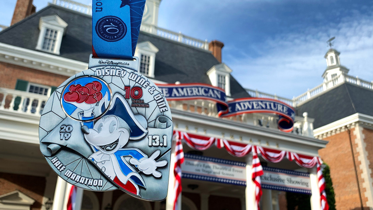 runDisney Medal Reveal: Celebrating 10 Years of the Disney Wine & Dine Half Marathon Weekend 8