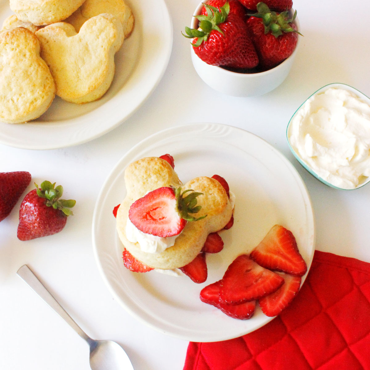 Mickey Strawberry Shortcake Recipe! Make your own! #DisneyFamily 8