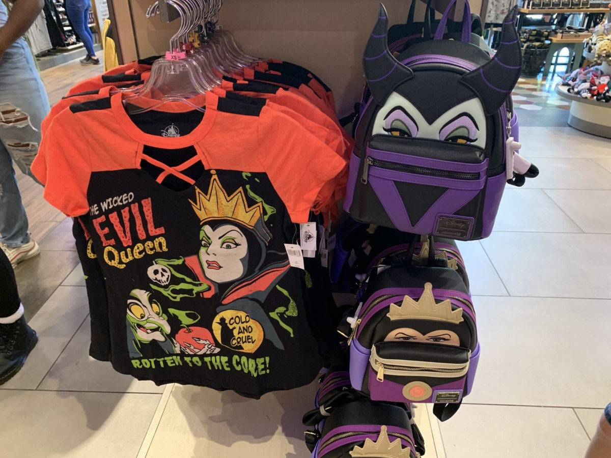 Disney Villains Attire Perfect for the Season 7