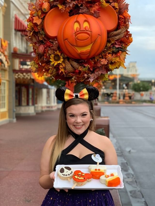 Take A Peek at the Spooky New Snacks Offered at The Confectionery, Magic Kingdom! 2