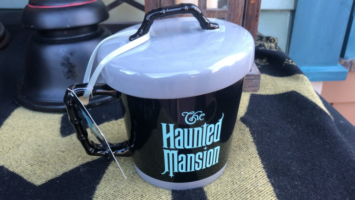 Celebrate the Haunted Mansion at Magic Kingdom! Pics from this Morning! 12