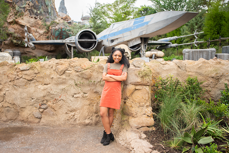 These Are the Photos You're Looking for! Discover Photo Ops Available in Star Wars: Galaxy's Edge at Disney's Hollywood Studios 5