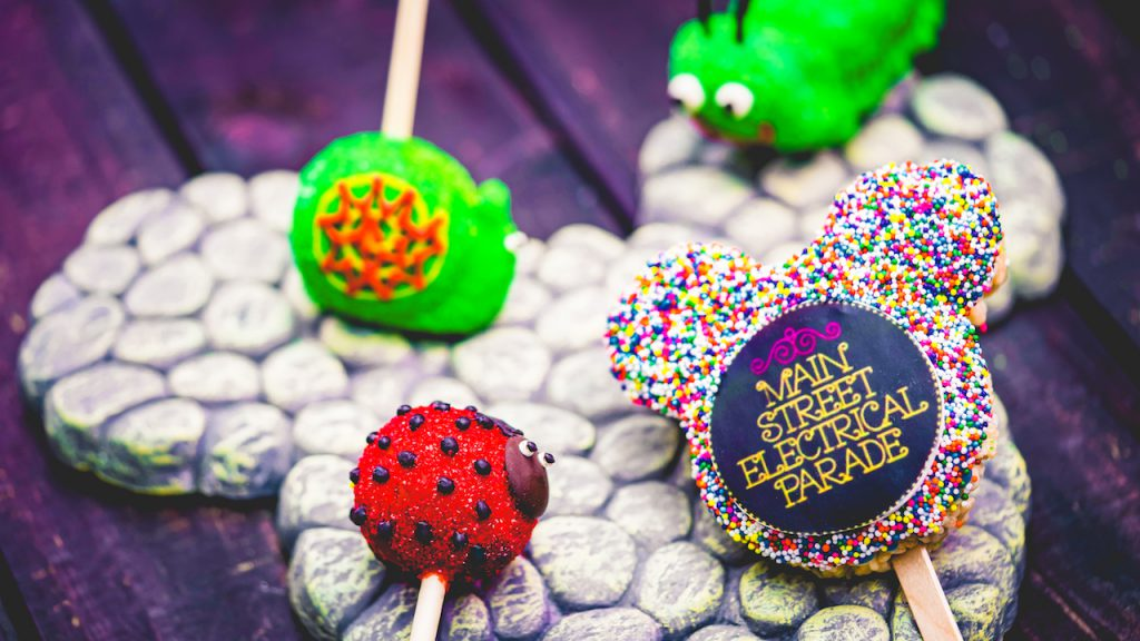 Foodie Guide to 'Main Street Electrical Parade' Eats and Treats at Disneyland Park 4
