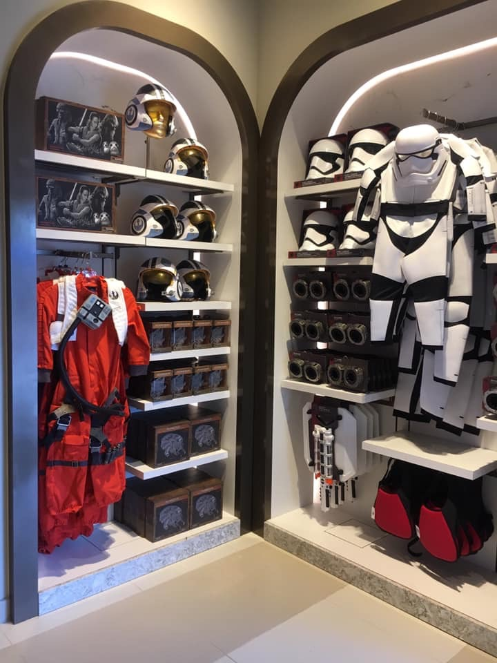 Keystone Clothiers Reopens at Hollywood Studios as Star Wars Store 8
