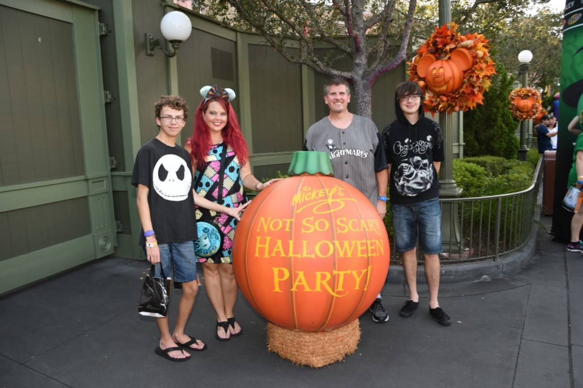 TMSM's Adventures in Florida Living- Not So Scary vs HHN 2