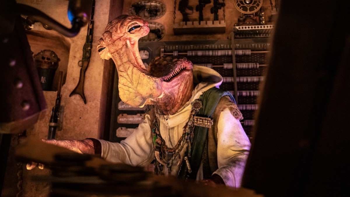 Top 5 Things To Do At Star Wars: Galaxy's Edge 3