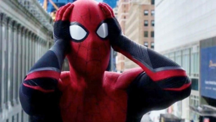 Spider-Man Is Back In The Marvel Cinematic Universe!!! 1