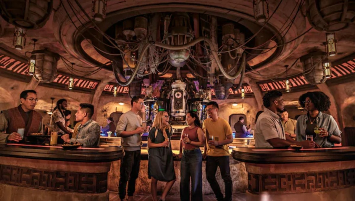 Top 5 Things To Do At Star Wars: Galaxy's Edge 5