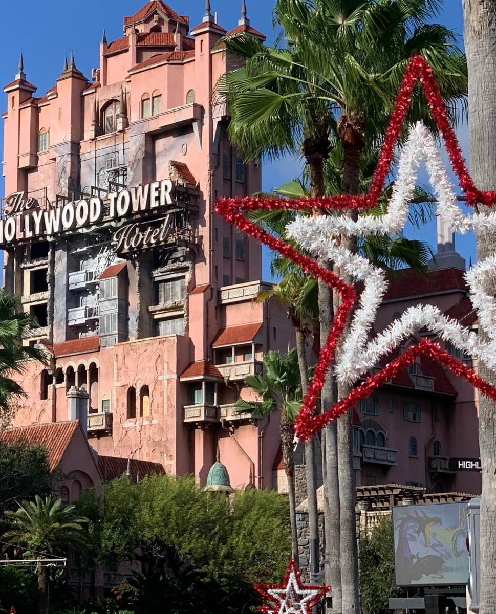 Christmas Decorations Already? Yes, at Disney's Hollywood Studios! 27