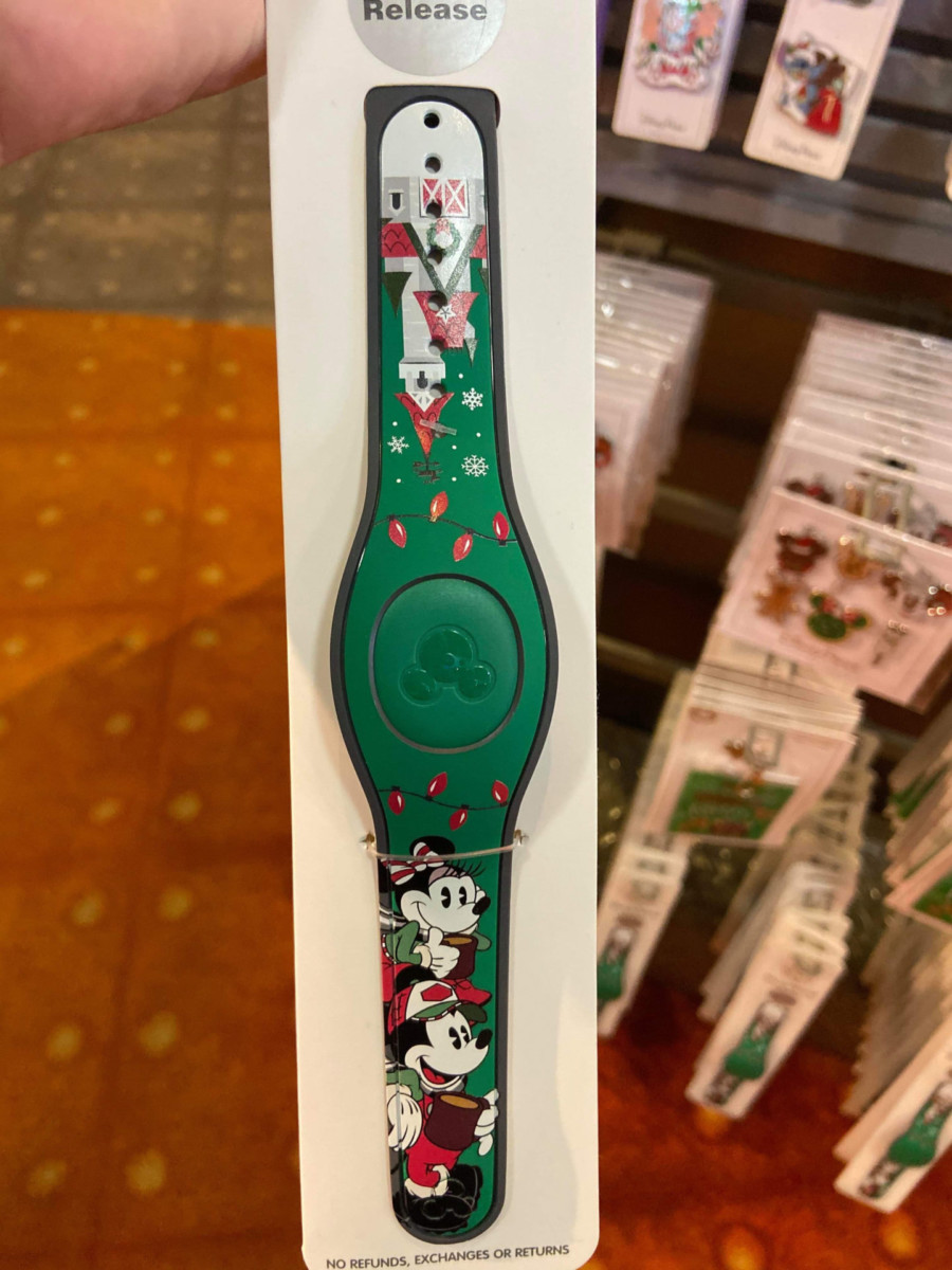 New Christmas Pins and MagicBand from Disney Parks! #disneyholidays 6