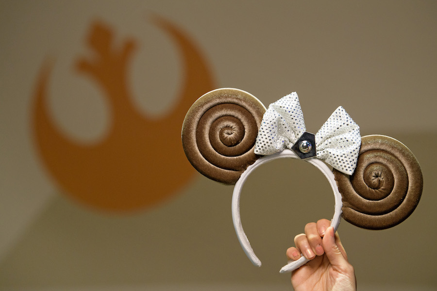 Meet Ashley Eckstein and Purchase a Princess Leia Bun-Inspired Minnie Ear Headband at Disney's Hollywood Studios October 4 1