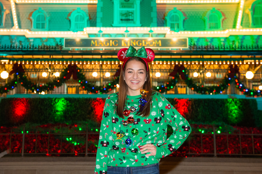 Capturing Memories During Mickey's Very Merry Christmas Party 7