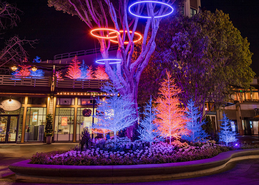 New 'Let It Glow' Holiday Spectacle Lights Up the Downtown Disney District at Disneyland Resort 1
