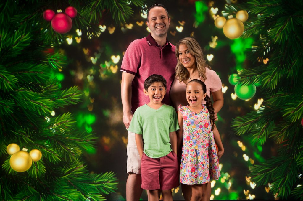 Holiday Photo Ops Available Now around Walt Disney World Resort 1