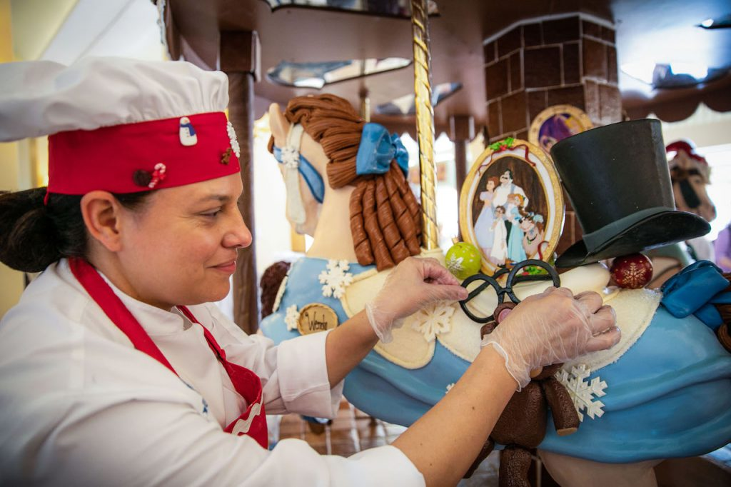 Walt Disney World Pastry Chefs Create Magnificent Works of Gingerbread Art 3