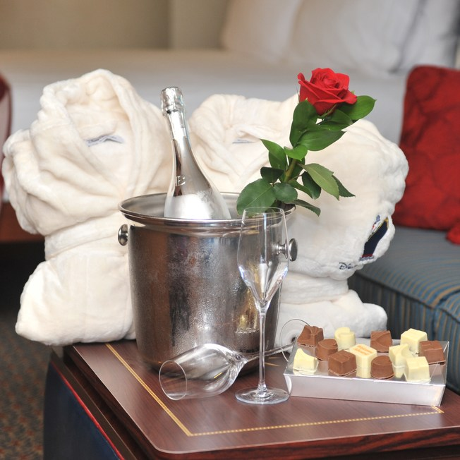 Surprise Your Sweetheart with Romantic Gifts and Amenities Onboard a Disney Cruise 3