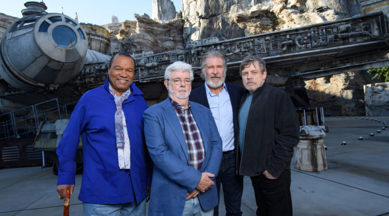 This Week in Disney History: Star Wars: Galaxy's Edge Opens at Disneyland Resort, 2019 7