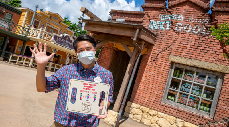 As Hong Kong Disneyland Reopens, Guests Once Again 'Believe in Magic' and View the Castle of Magical Dreams Construction in its Final Transformation Stage 1
