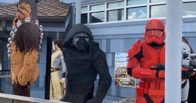 New LEGO Statues at Disney Springs! 1