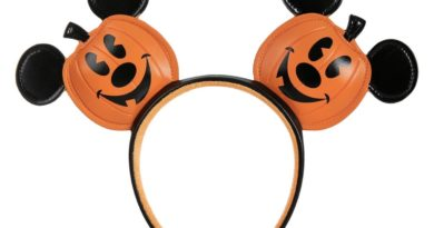 More Spooktacular Halloween Merch Now on shopDisney! 5
