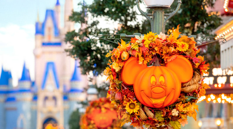 Capture Halloween and Holiday Memories with a Special Memory Maker Offer from Disney PhotoPass Service 1