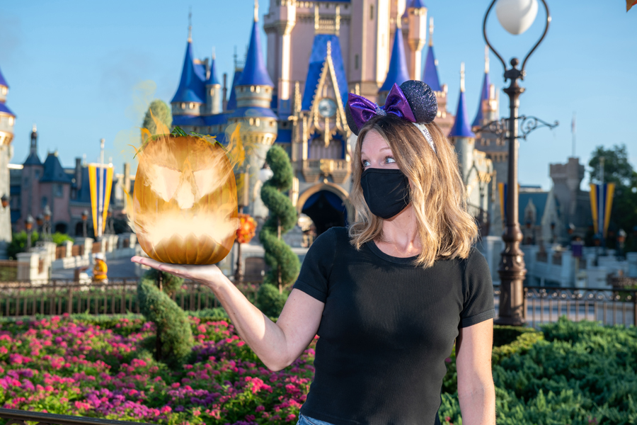 Capture Halloween and Holiday Memories with a Special Memory Maker Offer from Disney PhotoPass Service 5